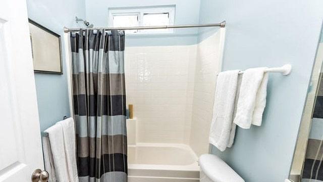 thứ bẩn nhất trong nhà tắm